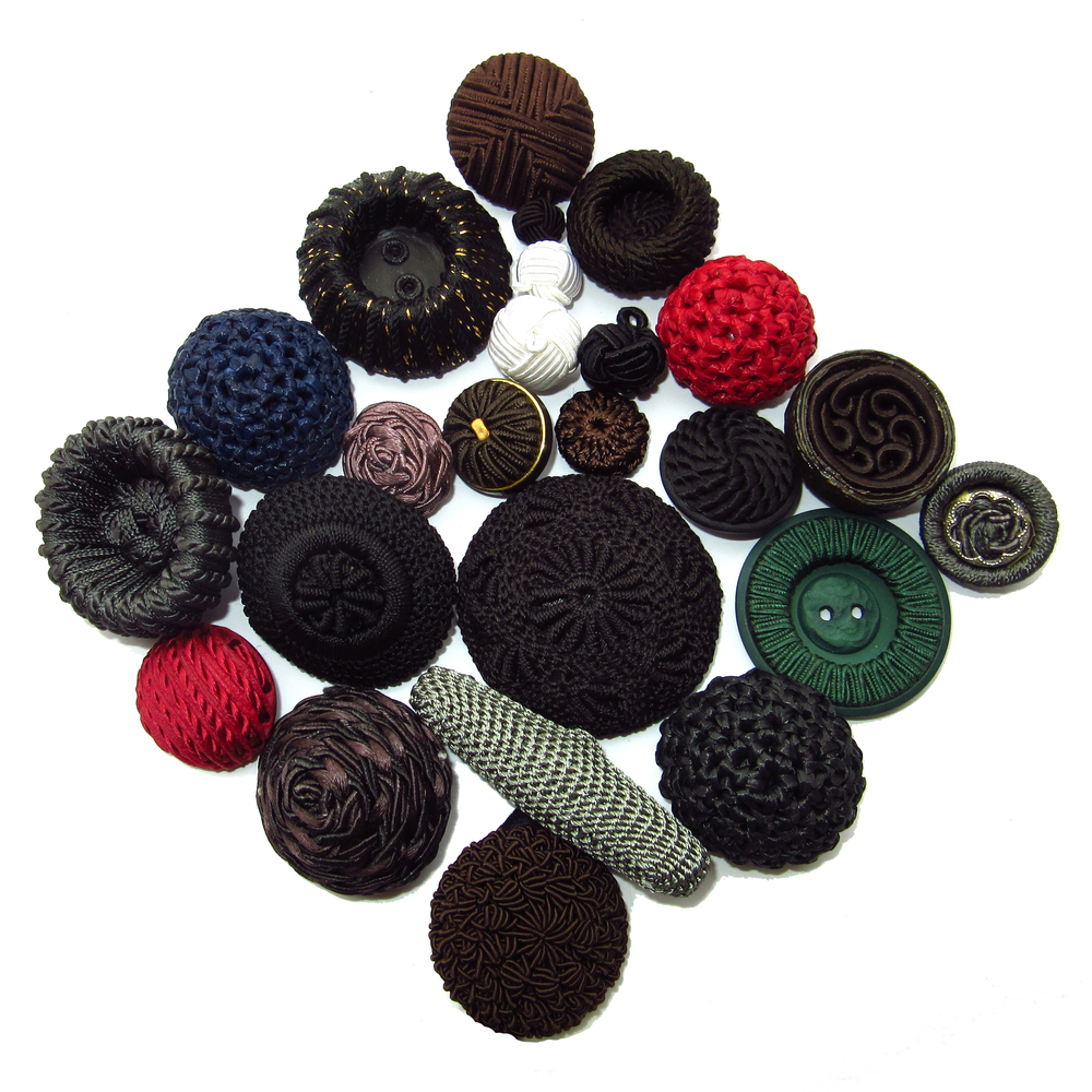 Braided buttons