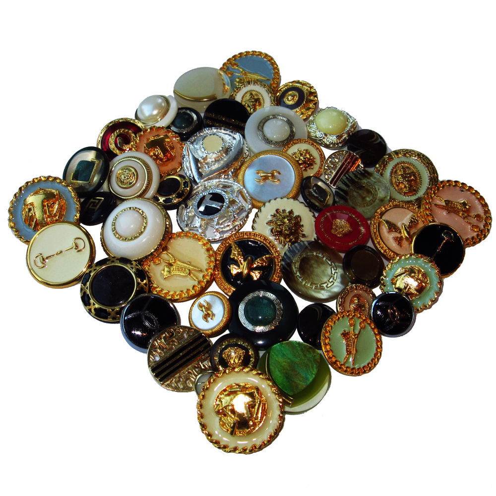 Couture buttons