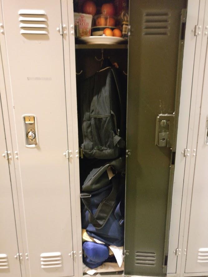 locker2.jpg