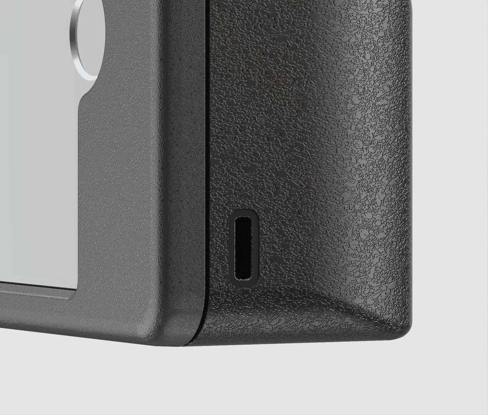 USB-C Charging Port - The case has built-in battery so it can charge the lens on the go.