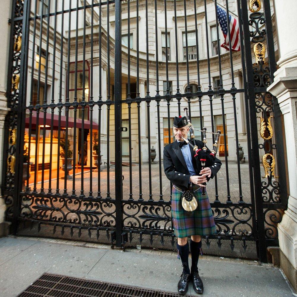 Pat Duffy Bagpiper NYC.jpg