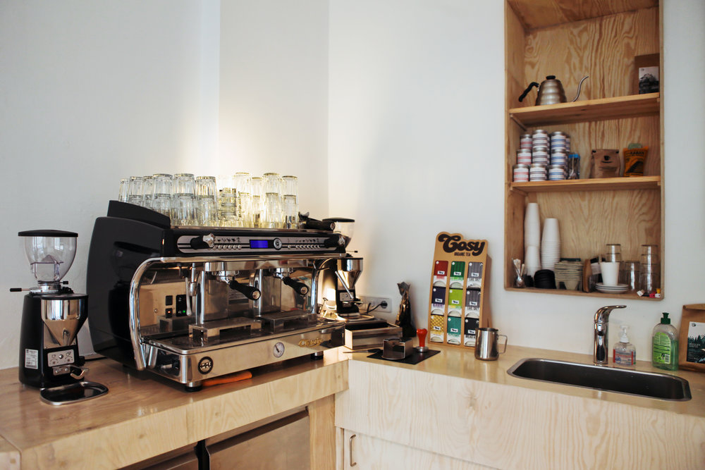 NoMoreSleep-cafe-1189.jpg
