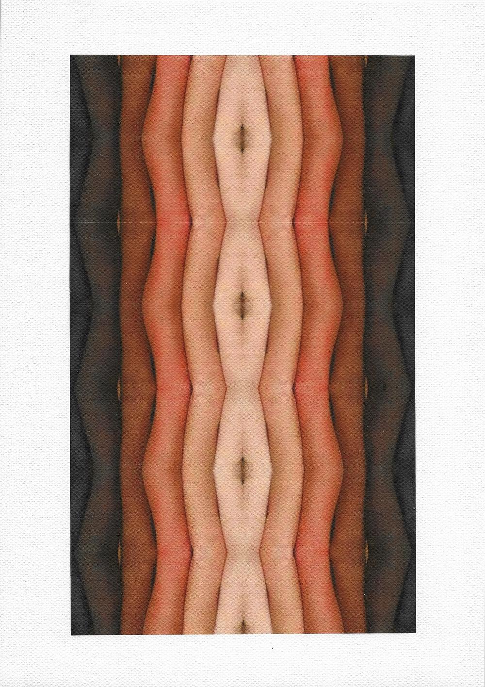 Il colore della pelle migrante    Tela fotografica  23 x 31 cm  2015