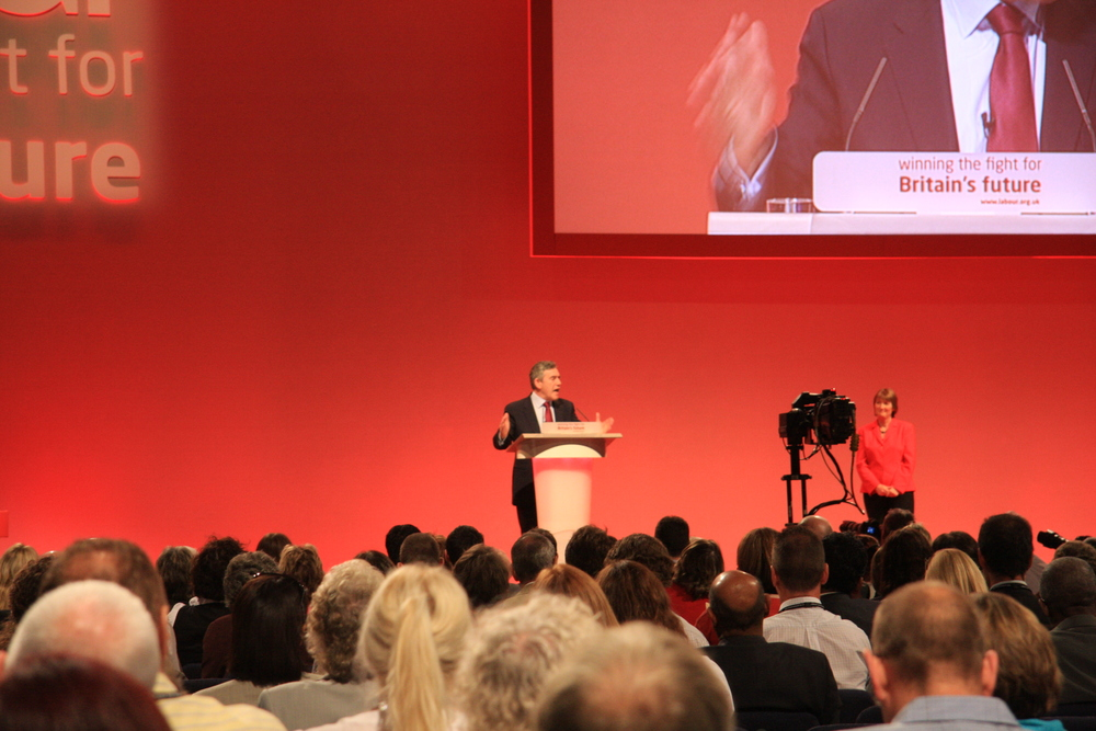 Gordon_Brown_-_Labour_Party_Conference_2008.jpg