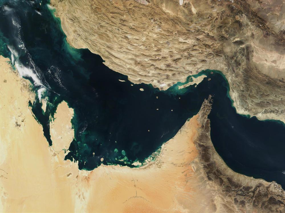 Straits_of_Hormuz.jpg