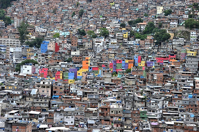 Rocinha-is-the-biggest-sh-006.jpg