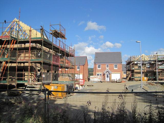 housebuilding1.jpg