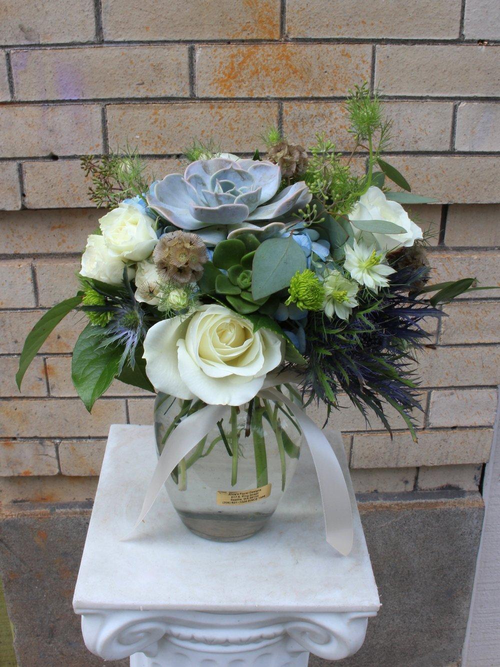 Succulent & Roses (SVB-19)