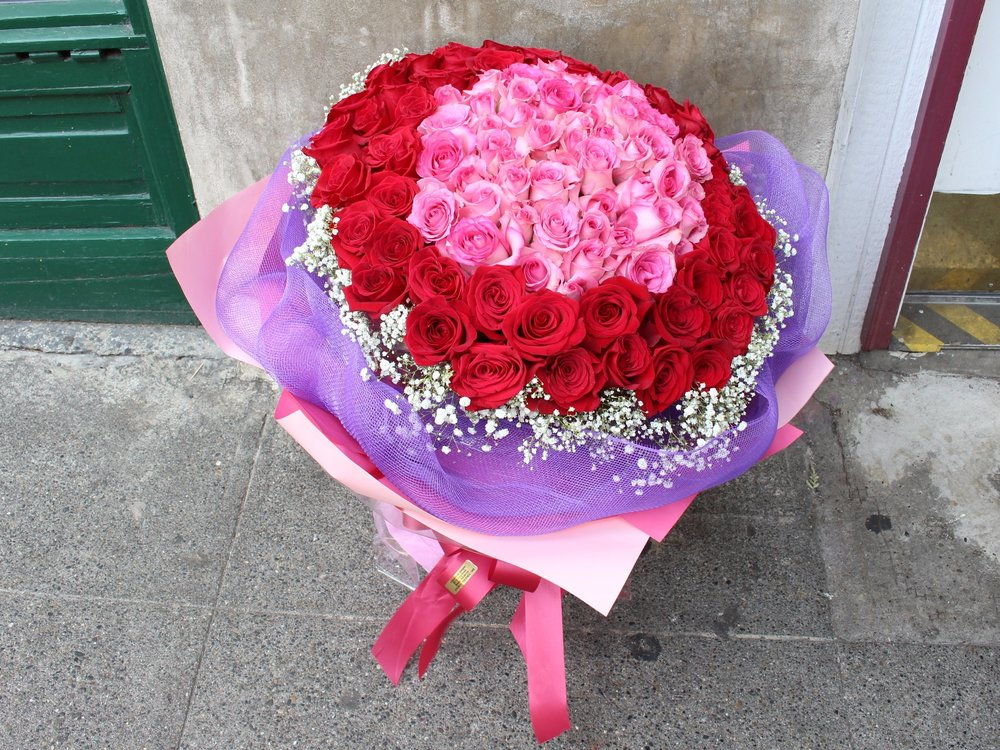 99 Red & Pink Roses
