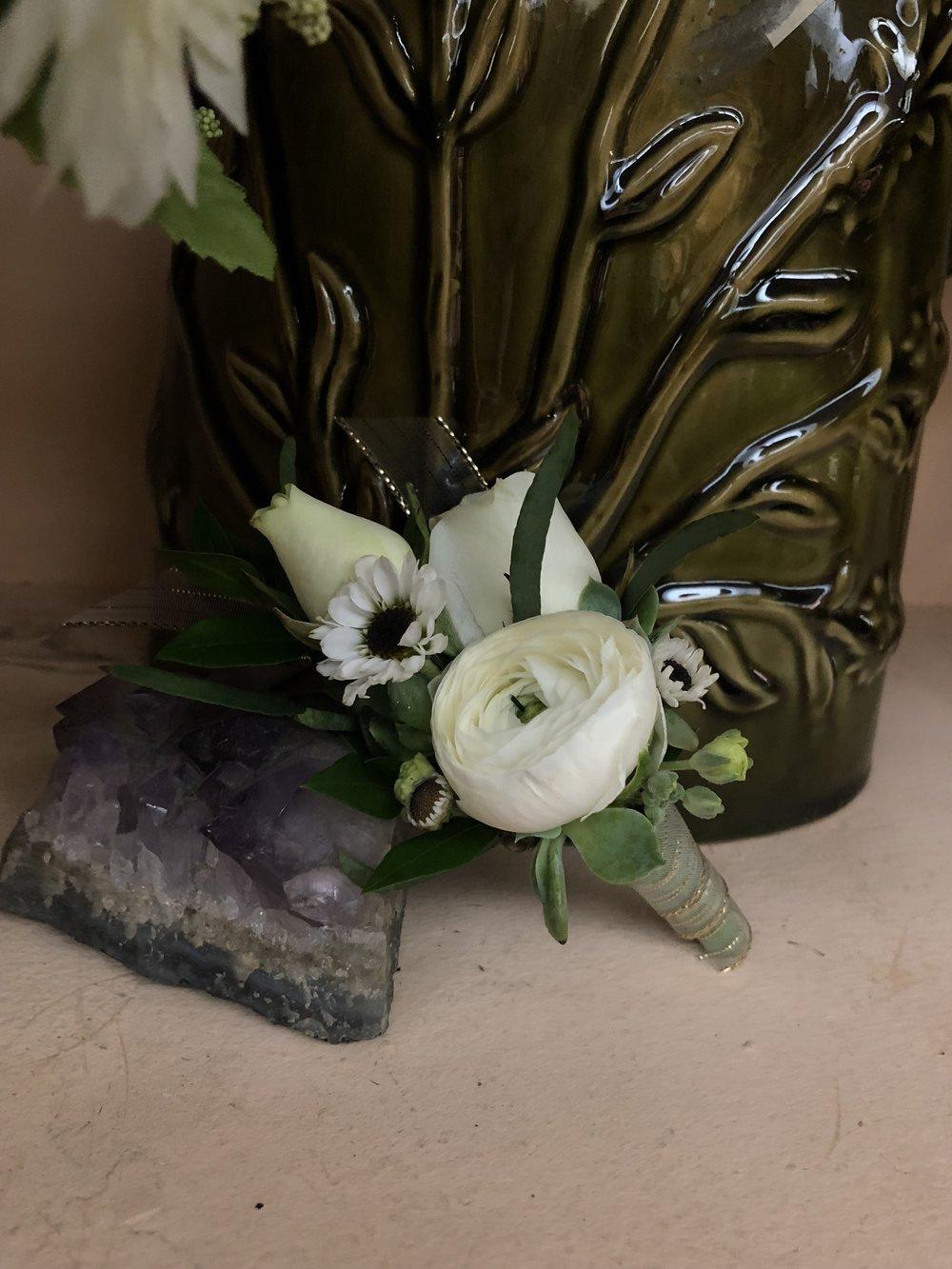 Ranunculus Garden Groom's Boutonniere