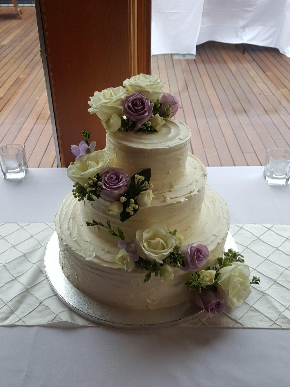 Lavender & White Cake Flower
