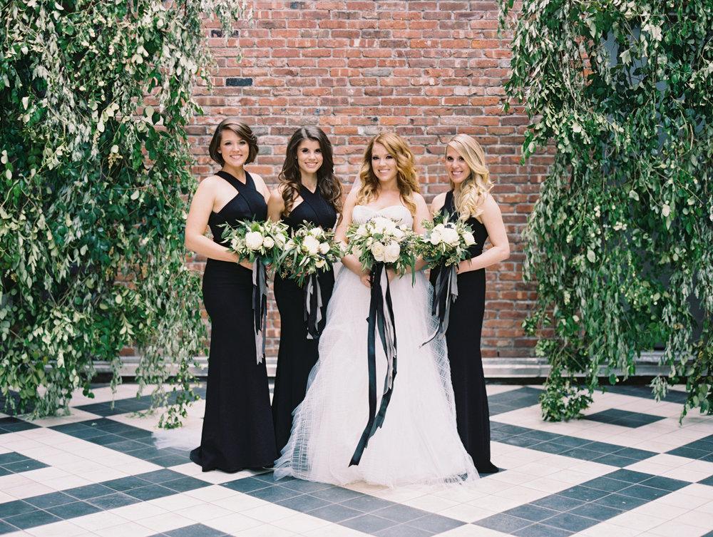 05_Bridal Party-0587.jpg