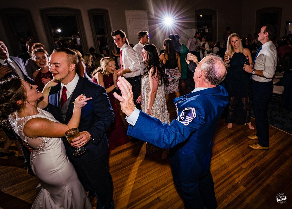 Carnegie-Hall-Newport-KY-Wedding-Photographer-9.jpg