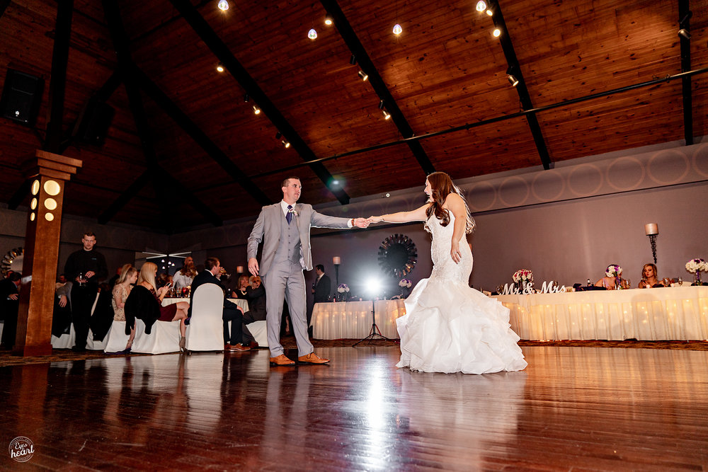 The-Pinnacle-Ballroom-Covington-KY-Wedding-Photography-18.jpg