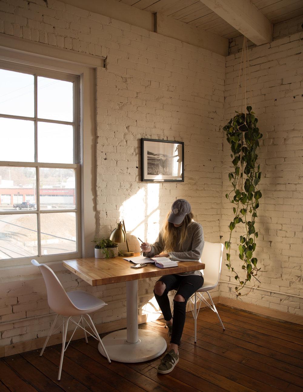 snl-indoor3-RAW.jpg