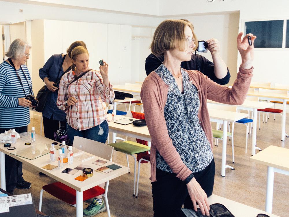 Kesä 2017: Järjestimme Unien Malmi -työpajan jossa osallistujat saivat kokeilla tekniikoita, joilla valokuvaan saadaan utuinen ja unenomainen efekti.