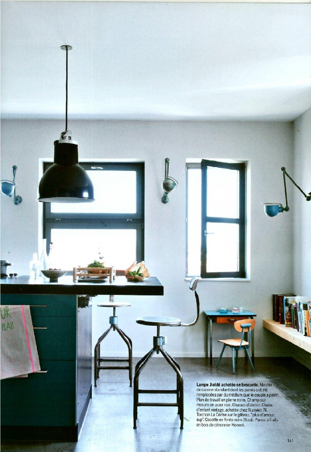 Chaise d'atelier rééditée  par François Muracciole pour Assemblage.M dans Marie Claire Maison mai-juin 2014