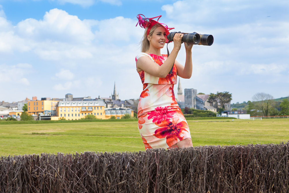 Model Shauna Lynch is looking forward to Listowel Races Ladies Day (headpiece by Aoife Hannon and outfit by Dress 2 Impress Listowel). Photo by John Kelliher Photography