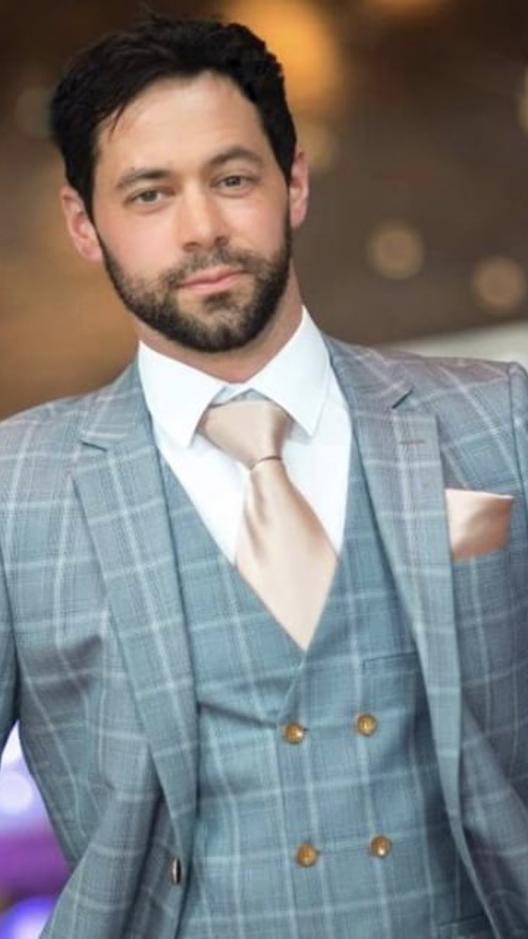 Timmy - Timmy is an accomplished model and actor (most notably having appeared on the international TV series 'Suits'). He has modelled in both Ireland, Canada and the US on fashion, fitness and commercial shoots.Height: 5' 10