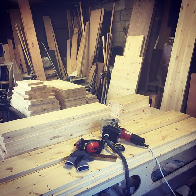 New project on the go this week for a lovely family in Rathmines, in an amazing Georgian Dublin house. Solid pine inbuilt library and a home office fit-out... always a pleasure to work with good materials!  #pineeverywhere #solidwood #jenkodesign #houserenovation #handcrafted #bespoke #furniture #dublinhouse #rathmines #ranelagh #carpentry #woodworking #craftsmanship #irishdesign #loveyourwork #getbacktowork