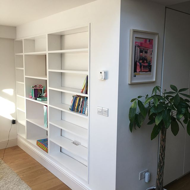 Solid pine inbuilt library unit and a mini office fit out. The grain of the pine shows through the paint and gives a beautiful textured finish.  #jenkodesign #solidwood #craftsmanship #builttolast #carpentry #woodworking #renalagh #rathmines #houserenovation #goingnowhere
