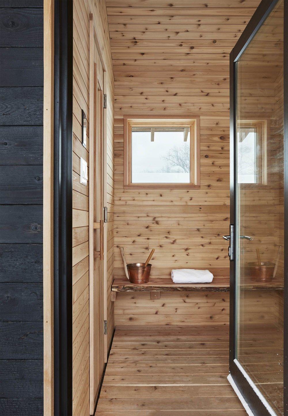 5665 sauna interior.jpg