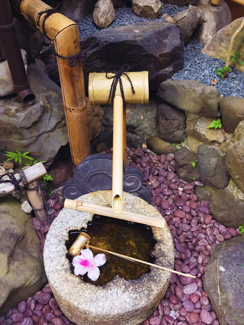 Yadoya's atmosphere was perfect for relaxing, or even meditating, if that's your thing.