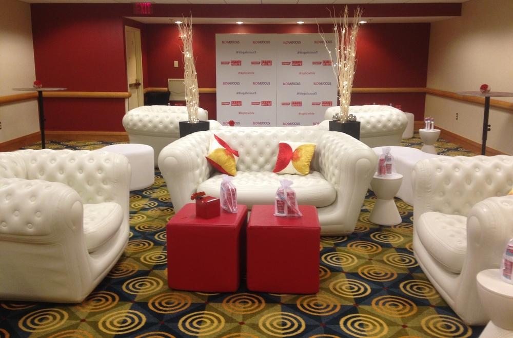 Colgate bloggers lounge