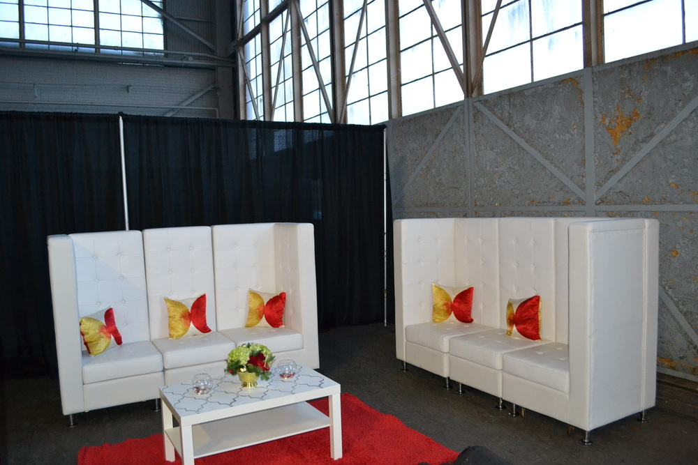 Atlanta event designer, has beautiful furniture rental for events