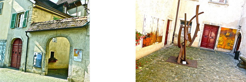 Entry and courtyard of the galerie. Images taken from their website.