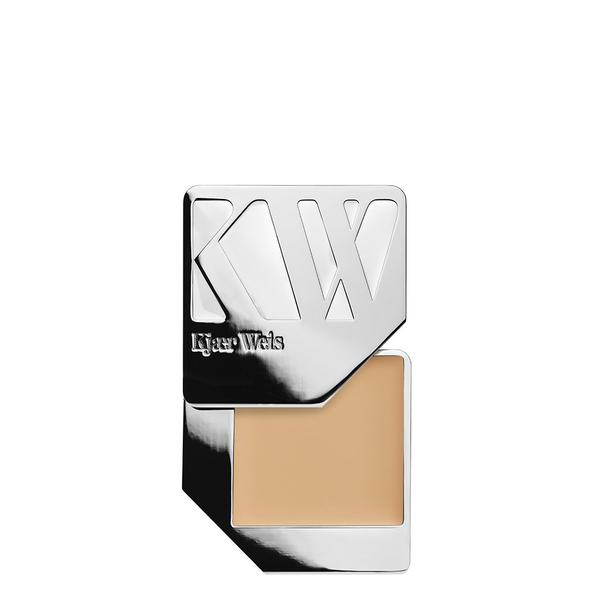 Kjaer Weiss Compact Foundation
