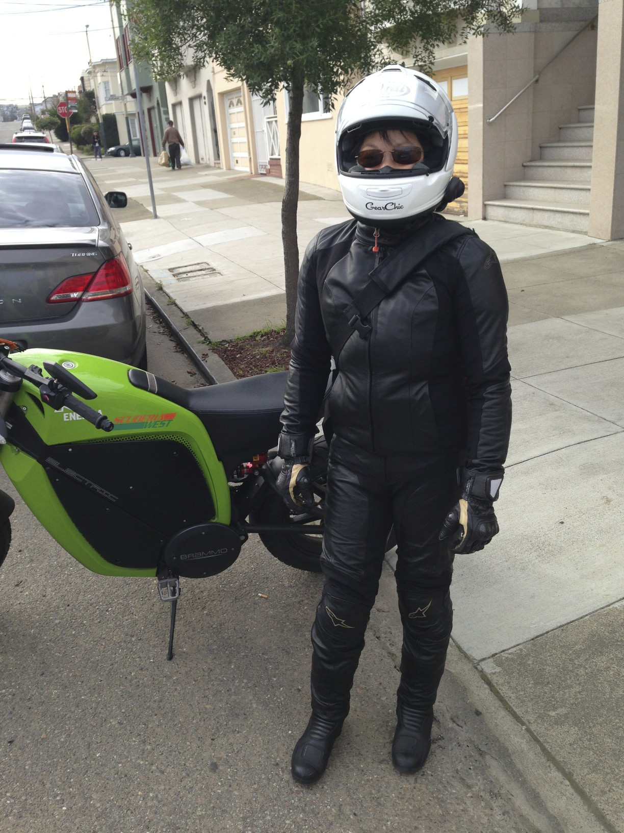 Alpinestars Jacket Leather >> Alpinestars Vika Leather Pants Review by GearChic.com — GearChic