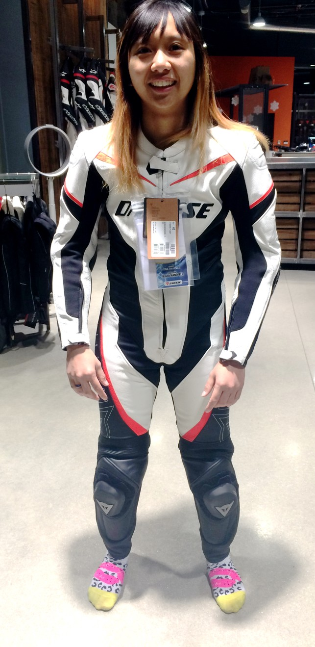 dainese_womens_racing_leather_suit_petite
