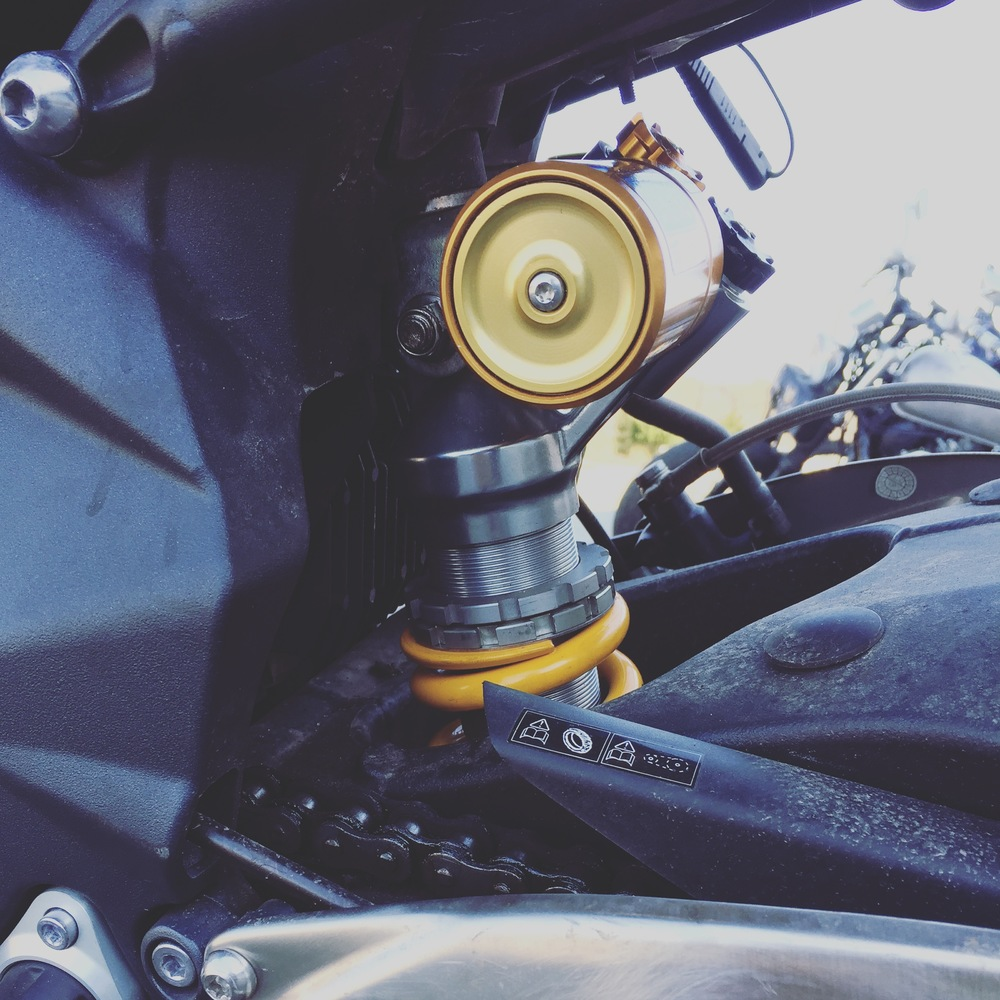 Ohlins Shock 1.0, installed on Goldie before the magical Rebuild