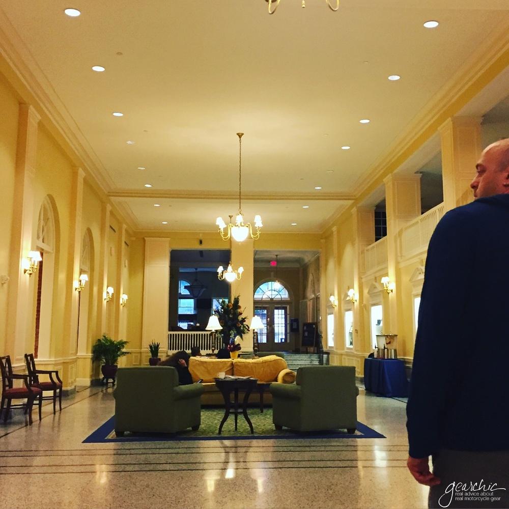 stonewalljacksonhotel_lobby.jpg