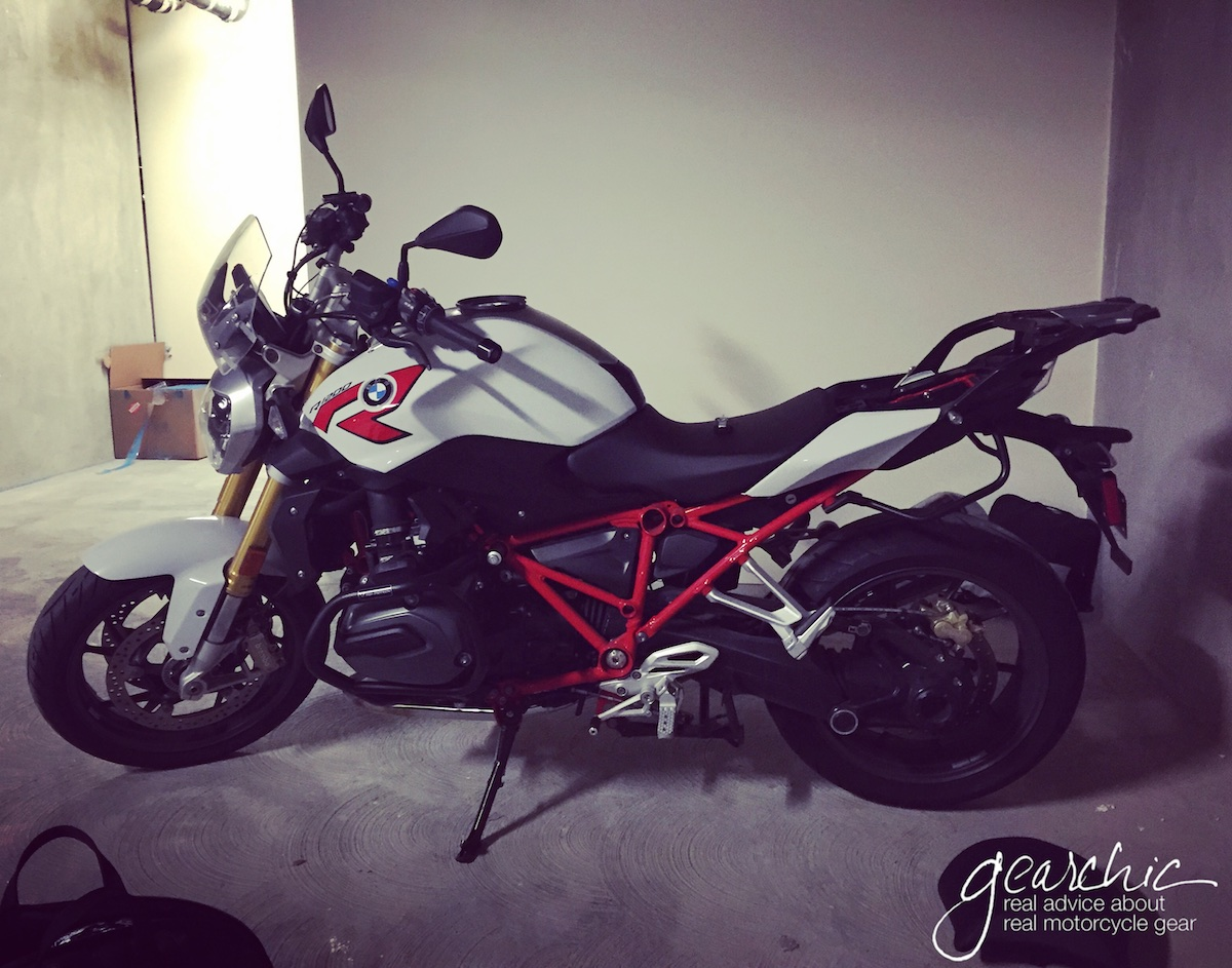 The Perfect Bike For This Speedy Old Lady A Bmw R1200r Gearchic