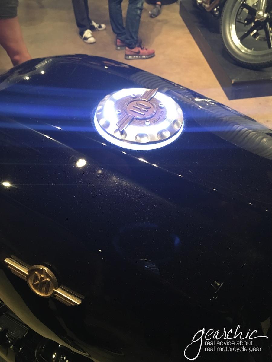 Love the Glowing Tank