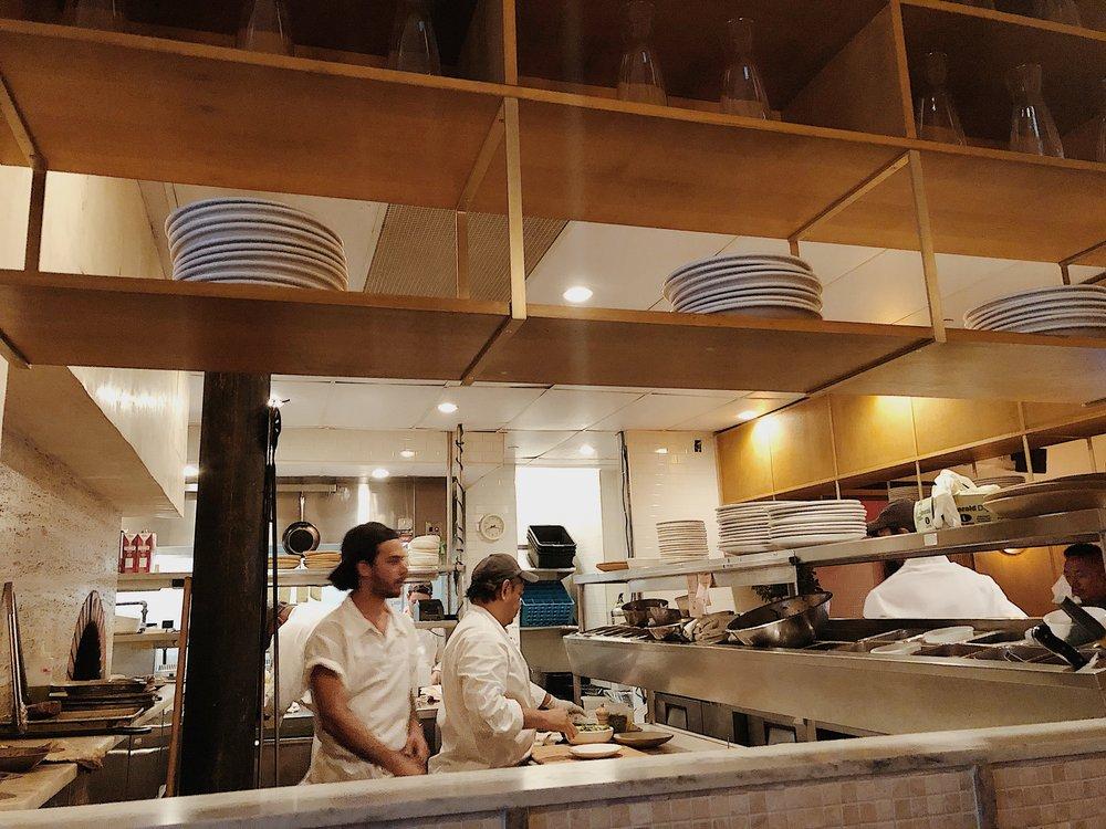 Fausto Kitchen