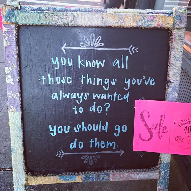 Thanks for the beautiful reminder, @freepeople Brooklyn! . . .  Having a mini self retreat for myself in NYC this week - hitting up all the spas, mani/pedis, and yoga that I can! ❤️ . . . What are you doing to recharge for the new year? ⚡️