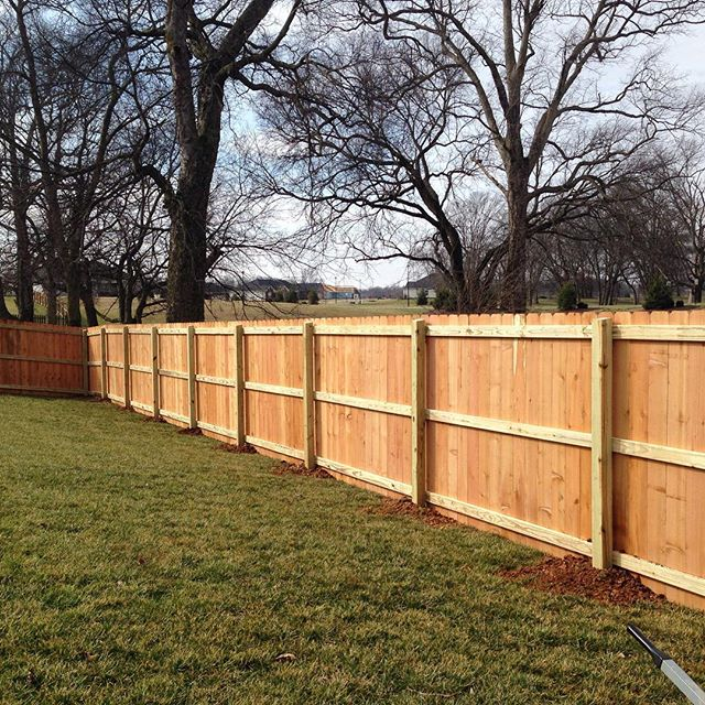 6ft tall, western red cedar wood privacy fence installed today In Hopkinsville, KY #fence #fenceline #woodfence #kentucky