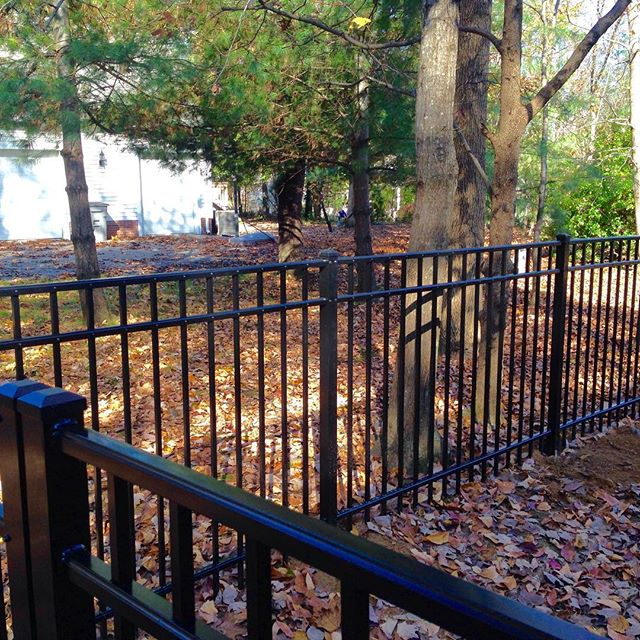 4ft tall aluminum fence completed in Paducah, KY #fence #aluminum #paducah #kentucky