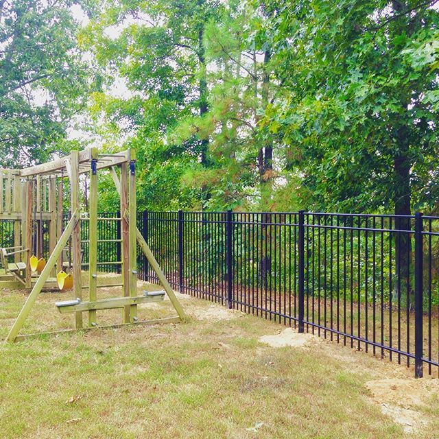 This 5ft tall black aluminum fence completed in Murray, KY wraps the week up here at C&C! #fence #fenceline #aluminum #candc #decorative