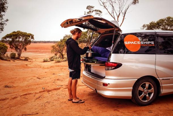 Beta-campervan-Australia-cooking-gear-included.jpg