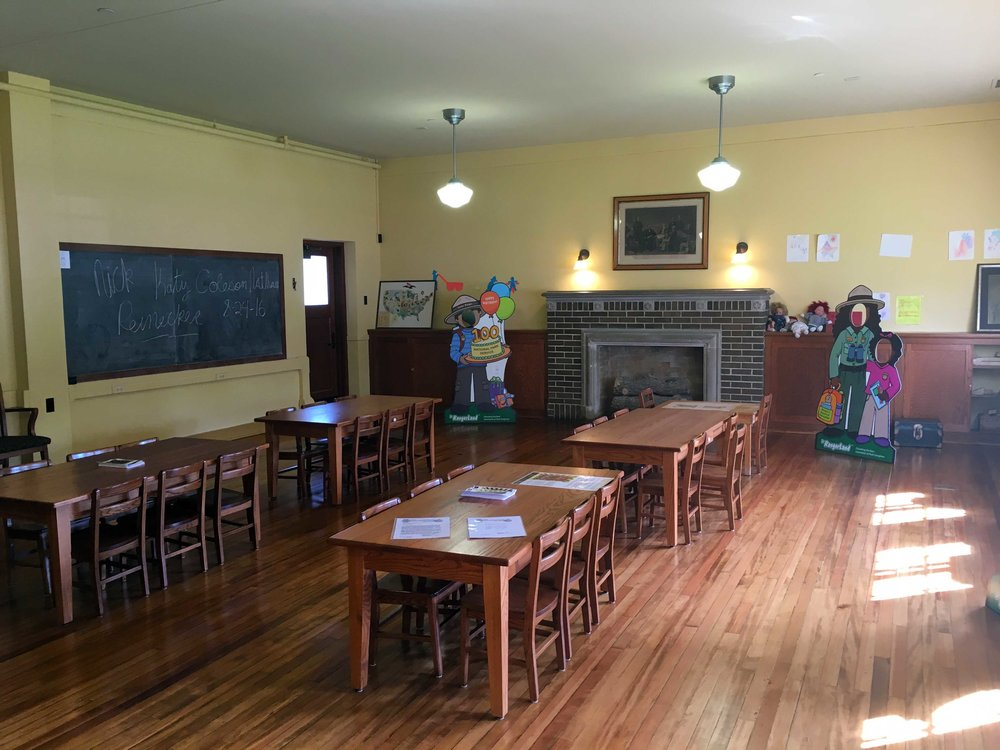 Period classroom (with decorations from the NPS Centennial), photo by Derek Wright.