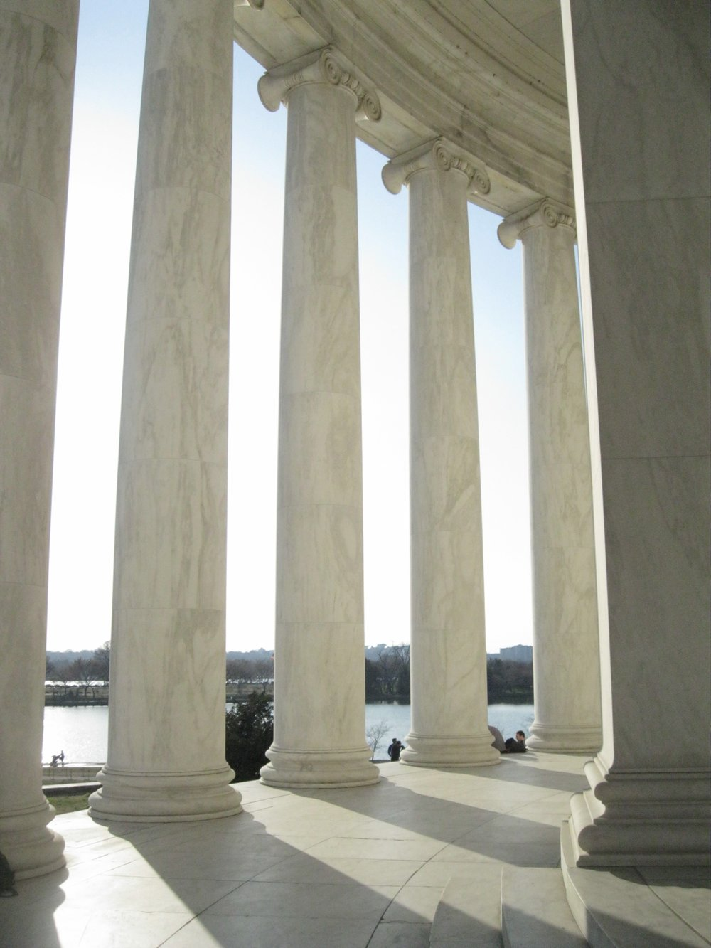 Inside the  Thomas Jefferson Memorial , photo by Derek Wright.