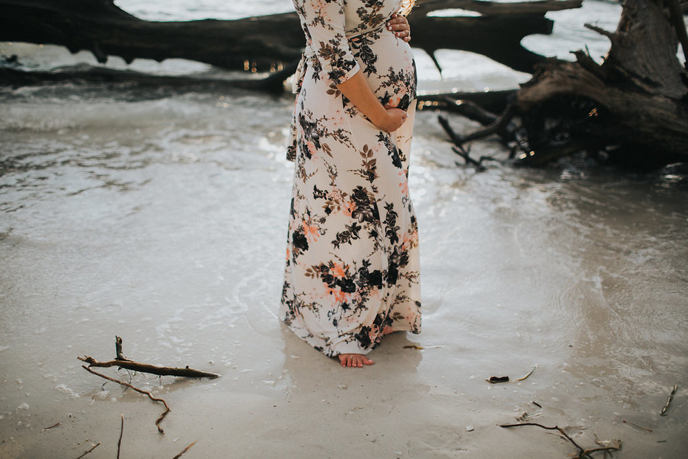 longboat key floral maternity session at beer can island moody_22.jpg