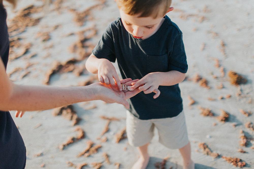 florida sand key beach family session_14.jpg