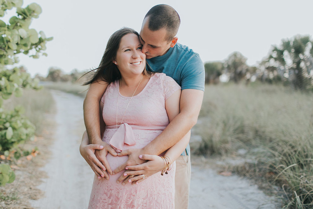 Fort De Soto Maternity session photography _011.jpg