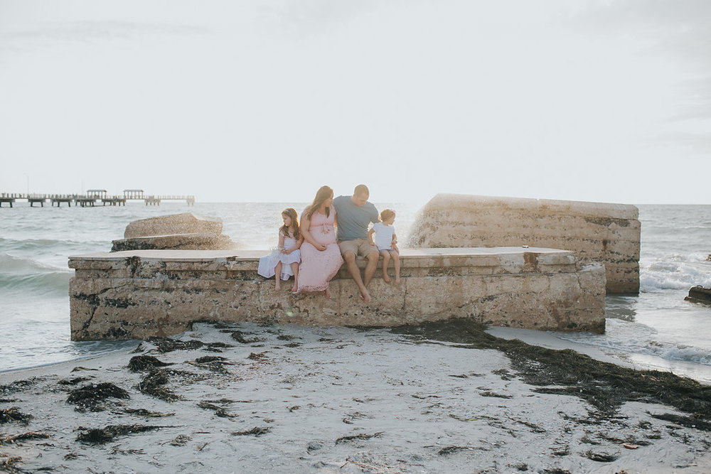 Fort De Soto Maternity session photography _019.jpg