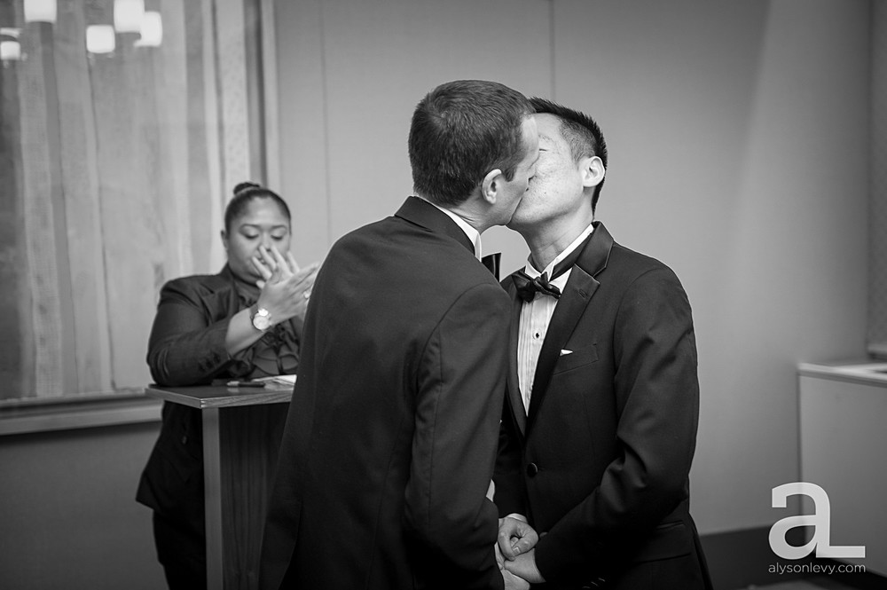 New-York-City-Hall-Elopement-Photography_0019.jpg